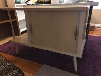 Formica top table Thumbnail