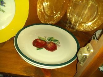 Variety of decor plates n lighthouse dishes Thumbnail