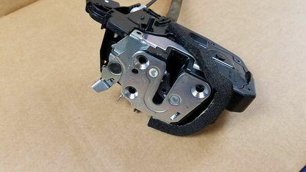 OEM 09-17 INFINITI FX35 FX50 QX70 REAR RIGHT SIDE DOOR LOCK LATCH ACTUATOR  Thumbnail