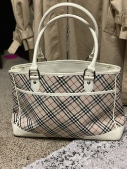 Burberry Tote Bag Thumbnail
