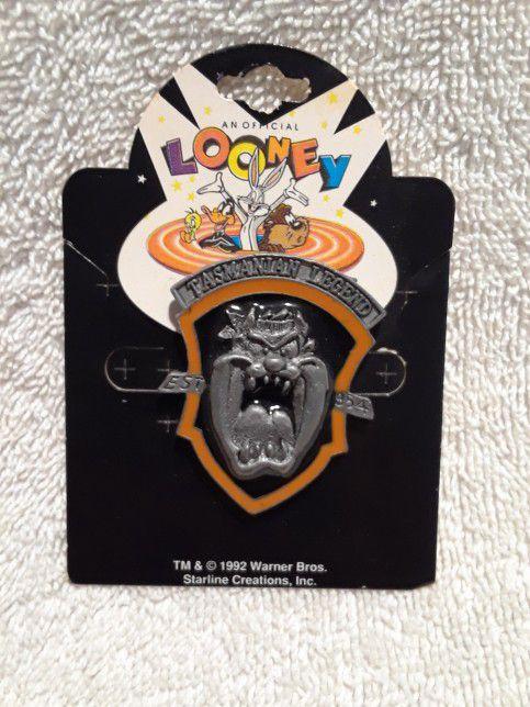 Vintage Looney tunes taz legend pin