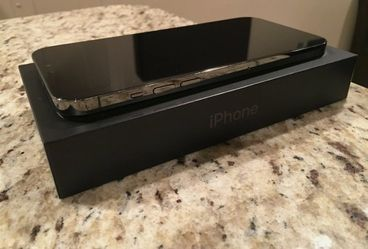 Apple iPhone 12 Pro Max Thumbnail
