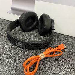 JBL LIVE 500BT Wireless Headphones  Thumbnail