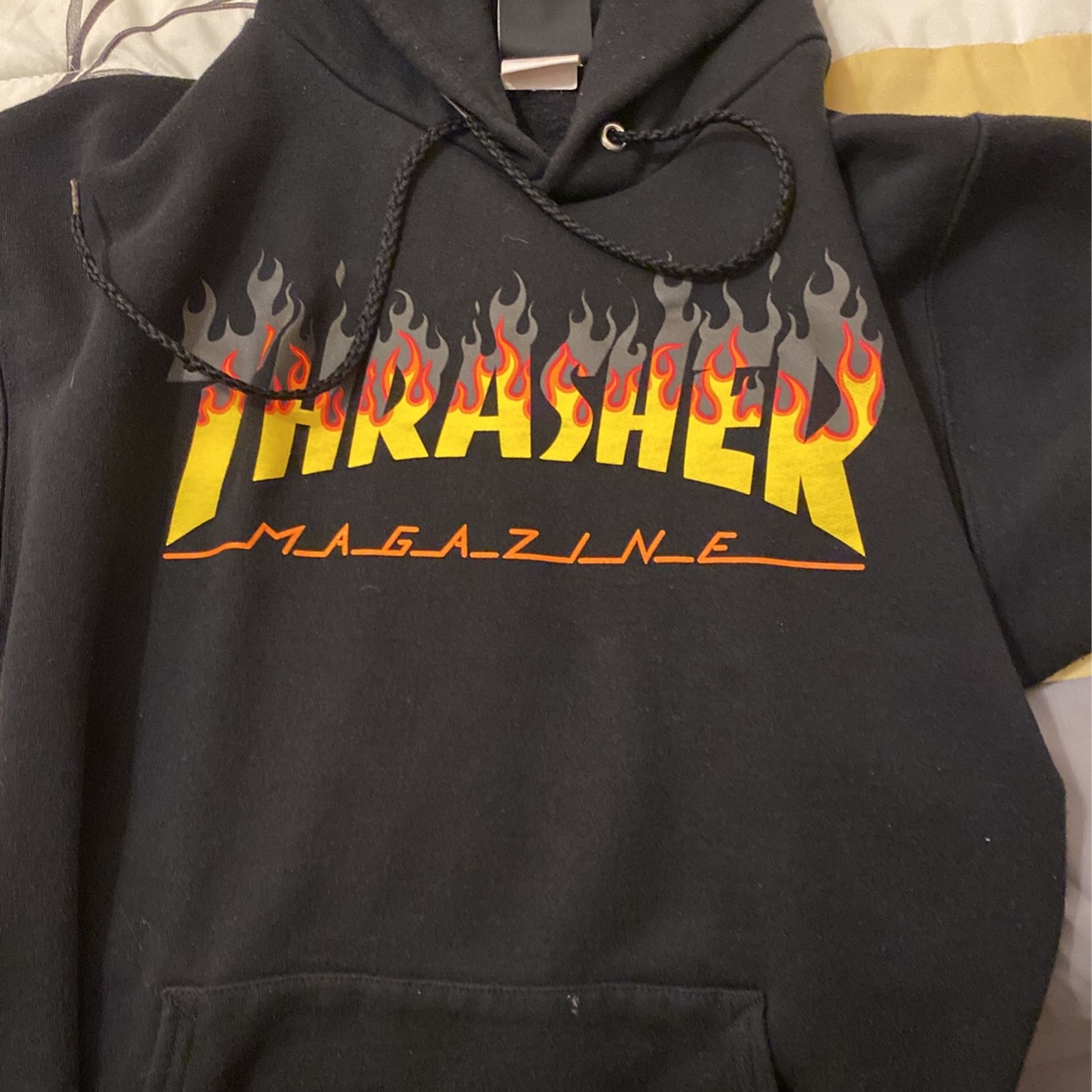 THRASHER HOODIE $15               Adult Small