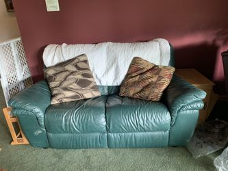 2 Green Couches  Thumbnail