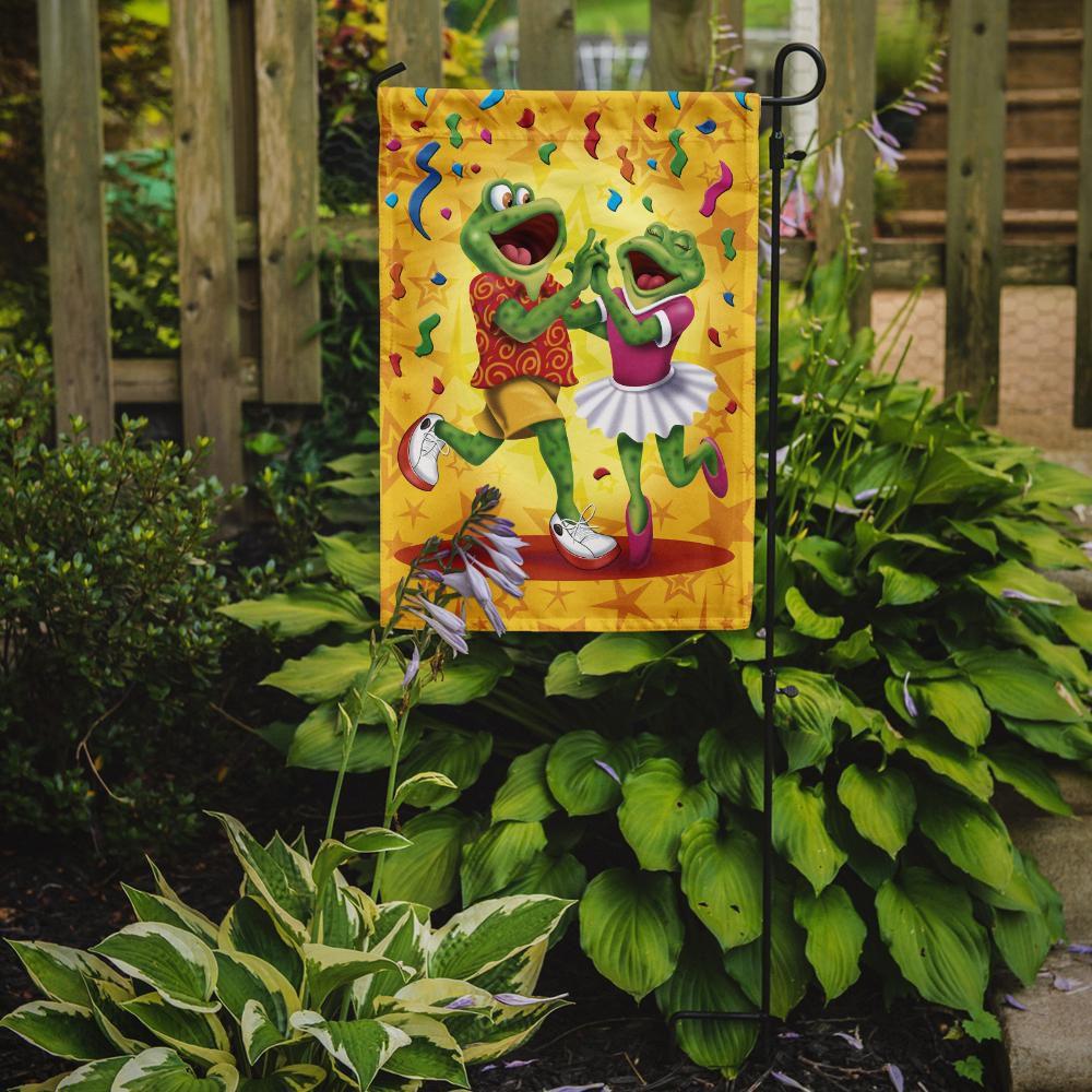 Caroline's Treasures APH3874GF Frog Swing Dancing Flag Garden Size , Small, multicolor