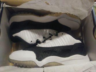 Jordan 11 retro low sz. 11.5C Thumbnail