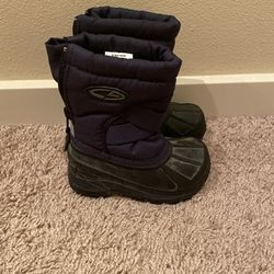 Toddler Snow Boots - Size 5 - $10 Thumbnail