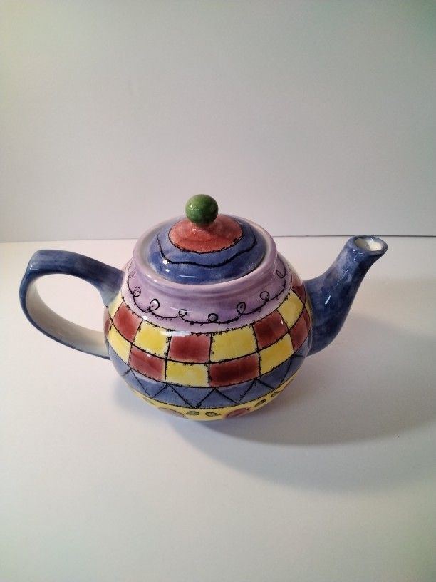 Very Cute Tea Pot Great For Home Decor.
