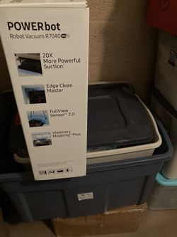 NEW Vacuum Samsung Powerbot R7040 Robot  Thumbnail