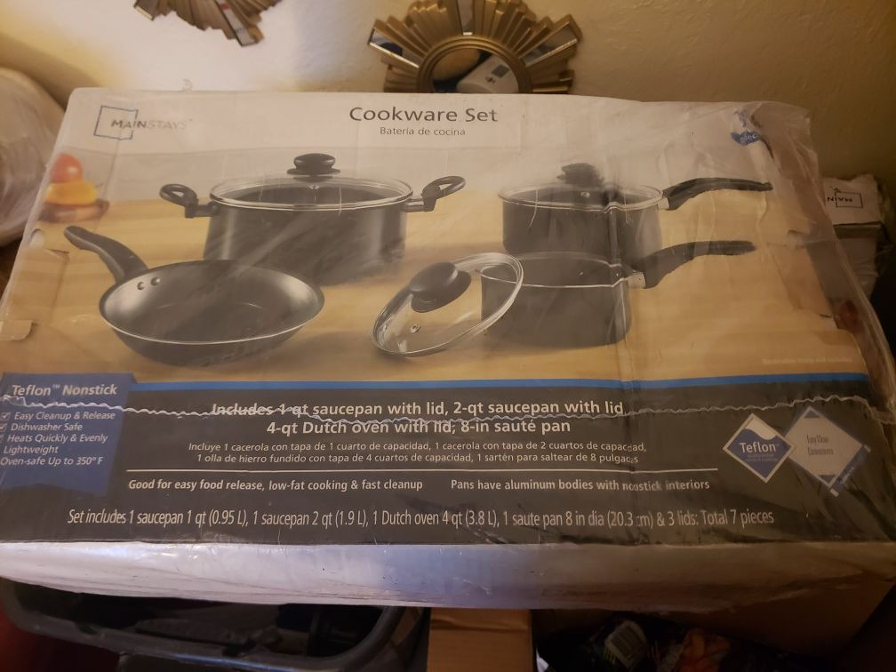Mainstay cookware