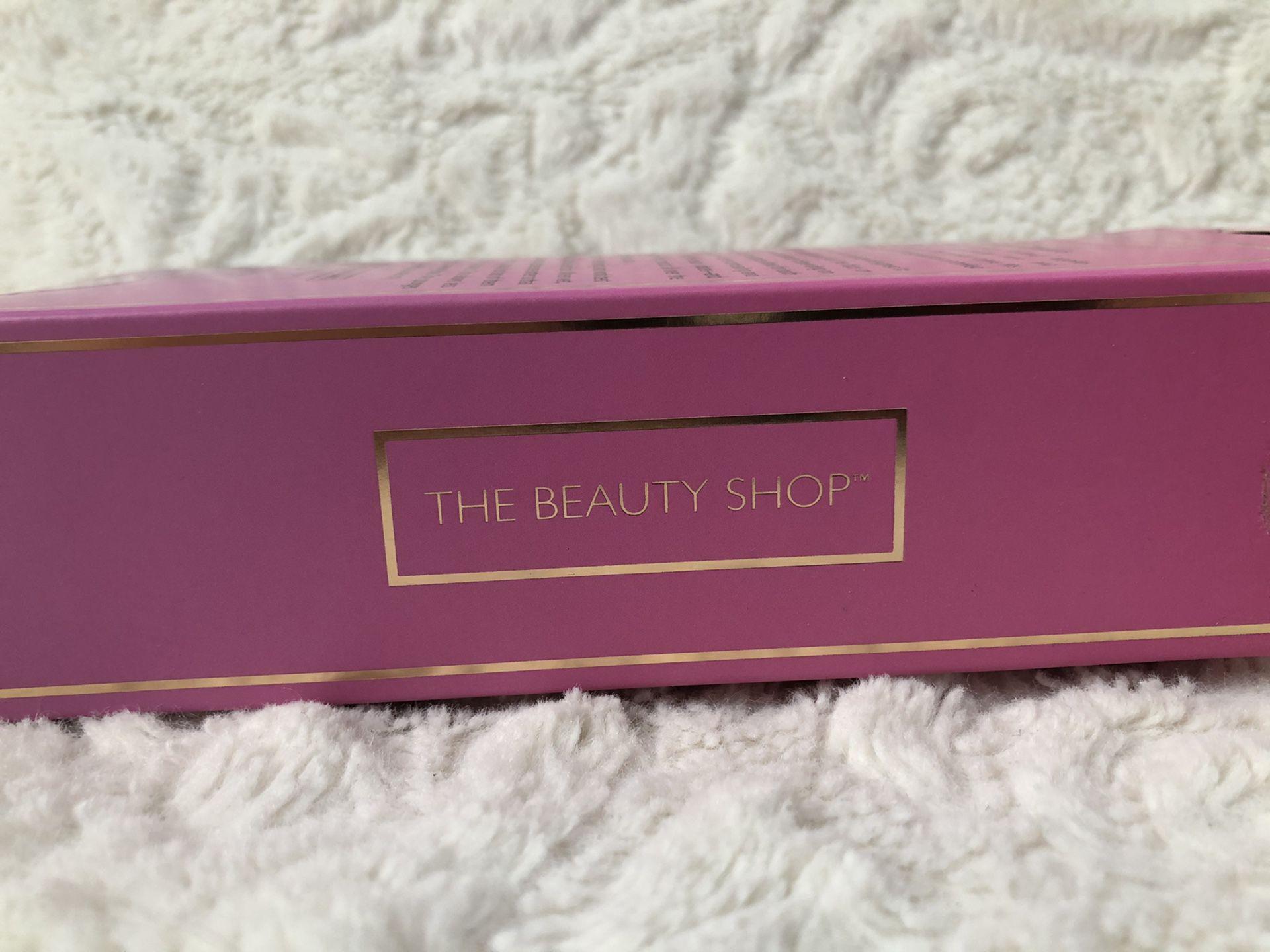 THE BEAUTY SHOP: Makeup blender