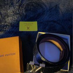 Louis Vuitton X Supreme Thumbnail