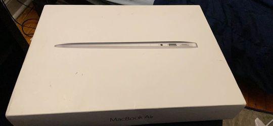 MacBook Air 13 Inch Thumbnail