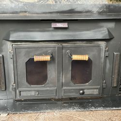 Buck Stove Wood Burning Fireplace Insert Thumbnail