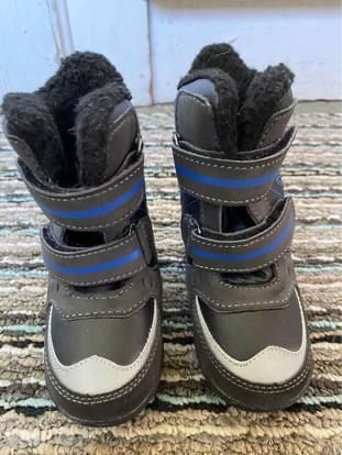 Totes 5T Snow Boots