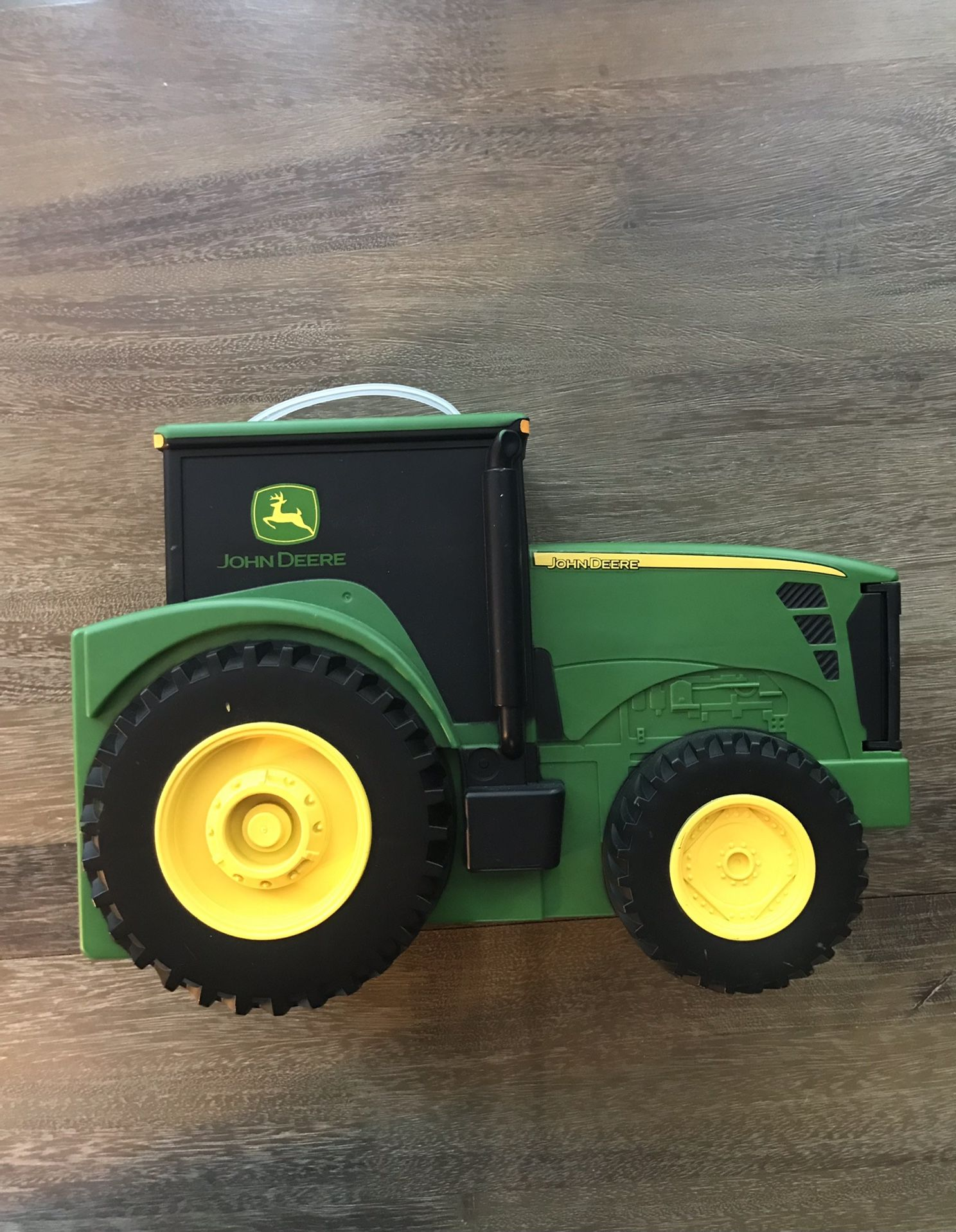 John Deere Toy carrier storage