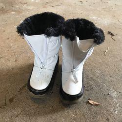 White Fur Toddler 8 Snow Boots  Thumbnail