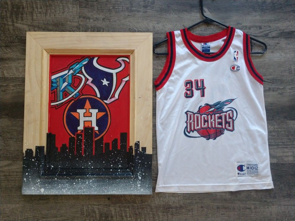 Custom Houston painting and vintage youth rockets jersey