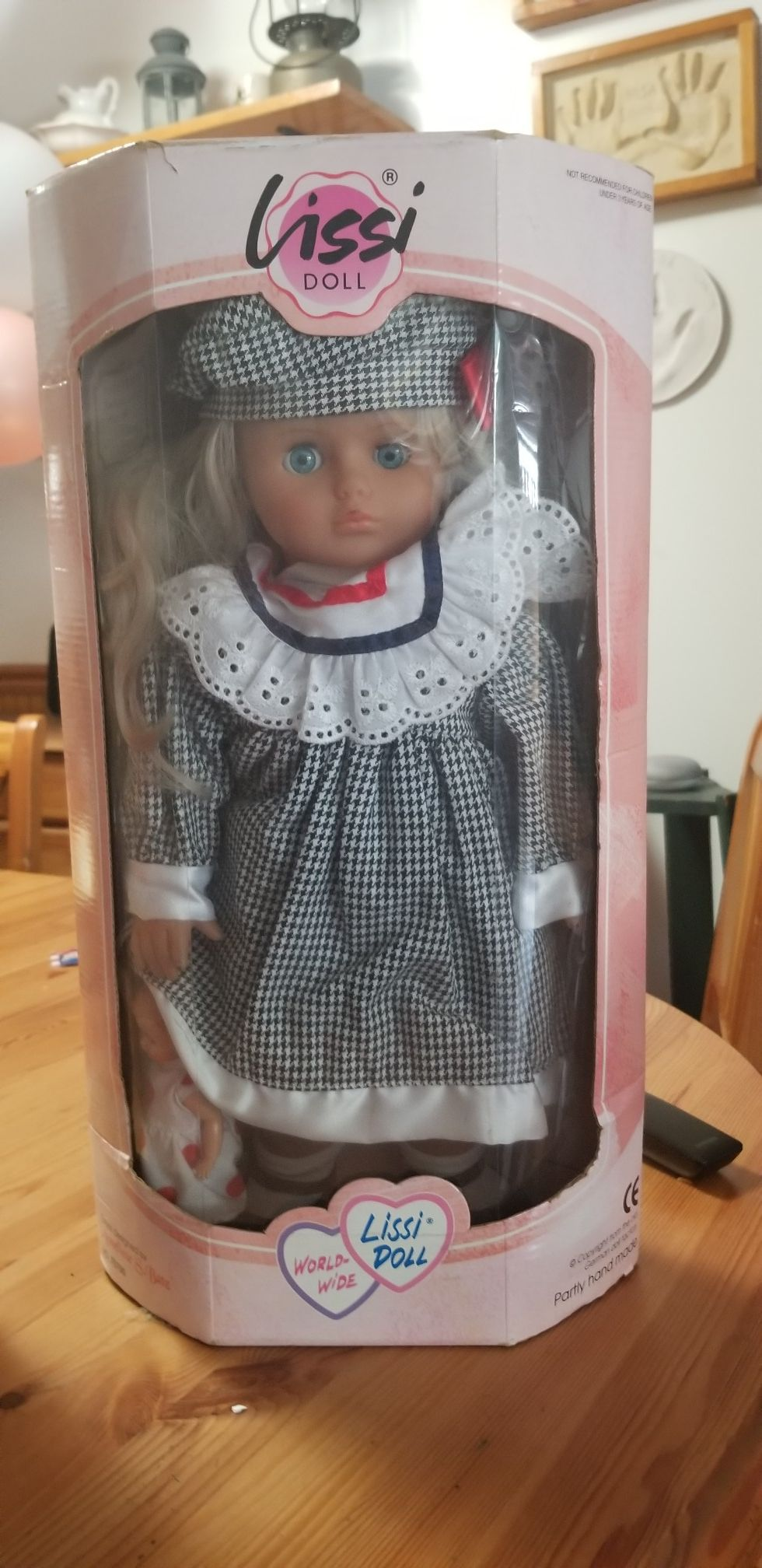 Collectables dolls