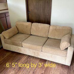 Saturday 9/25:  HUGE Estate  Sale— Furniture/Lots Of Free Stuff Thumbnail