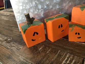 Halloween Decorations For Teachers And Businesses  Thumbnail