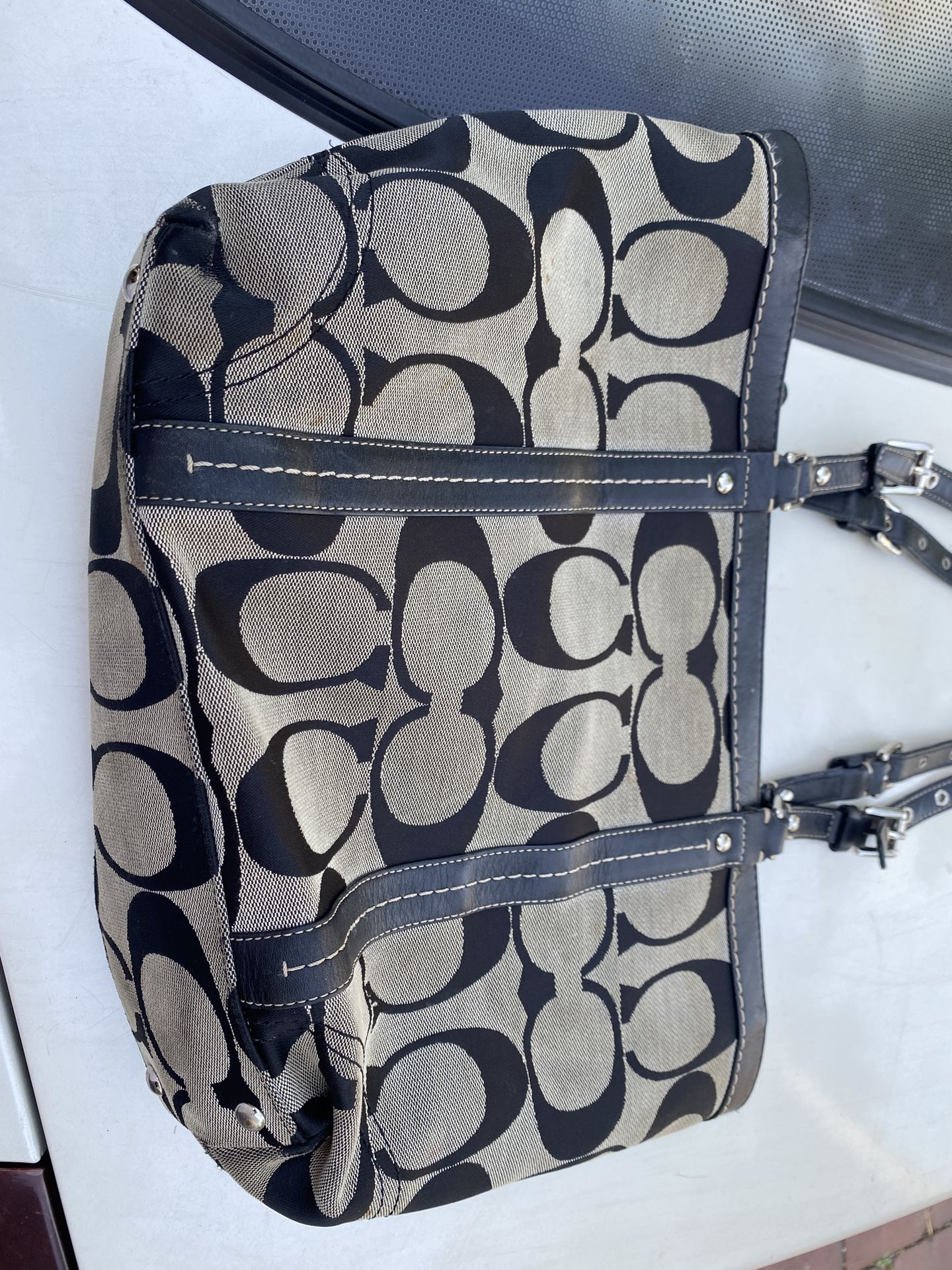 Woman's Coach Bag