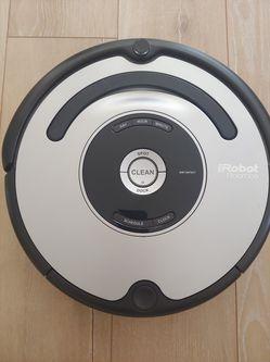 IRobot Roomba 677 Vacuum Thumbnail