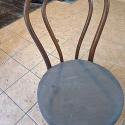 Bentwood/Thonet Style Bistro Chairs Thumbnail