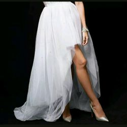Very beautiful Victoria secret gladder tutu skirt can be use for bachelorette party, or pregnancy pictures Thumbnail