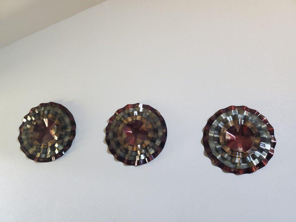 Metal Wall Decor. 3 Piece