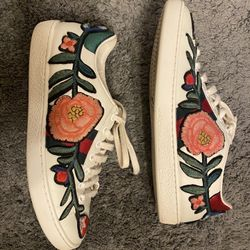 Women's Gucci's Shoe S8 Thumbnail