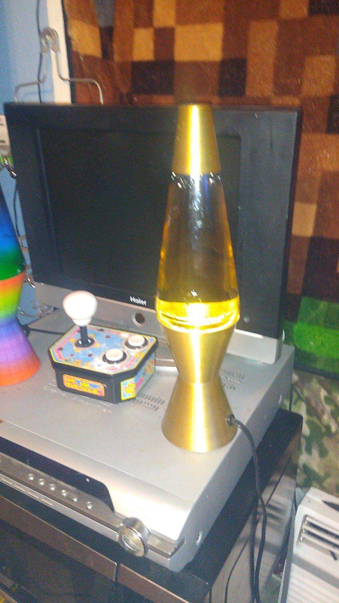2 lava lamps need bulbs