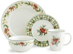 Pfaltzgraff Berry Garland Christmas Dish Set- serves8