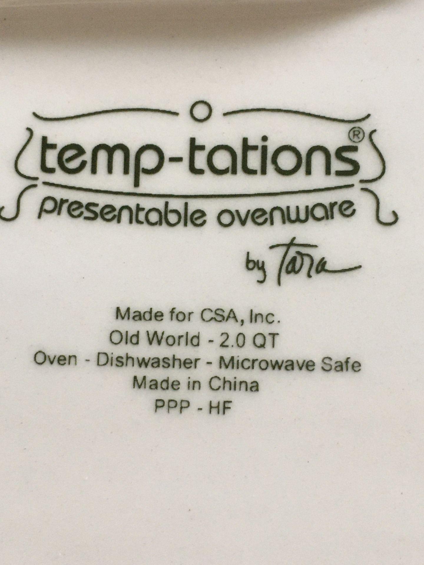 Temptations Old World Black drink dispenser & square baker