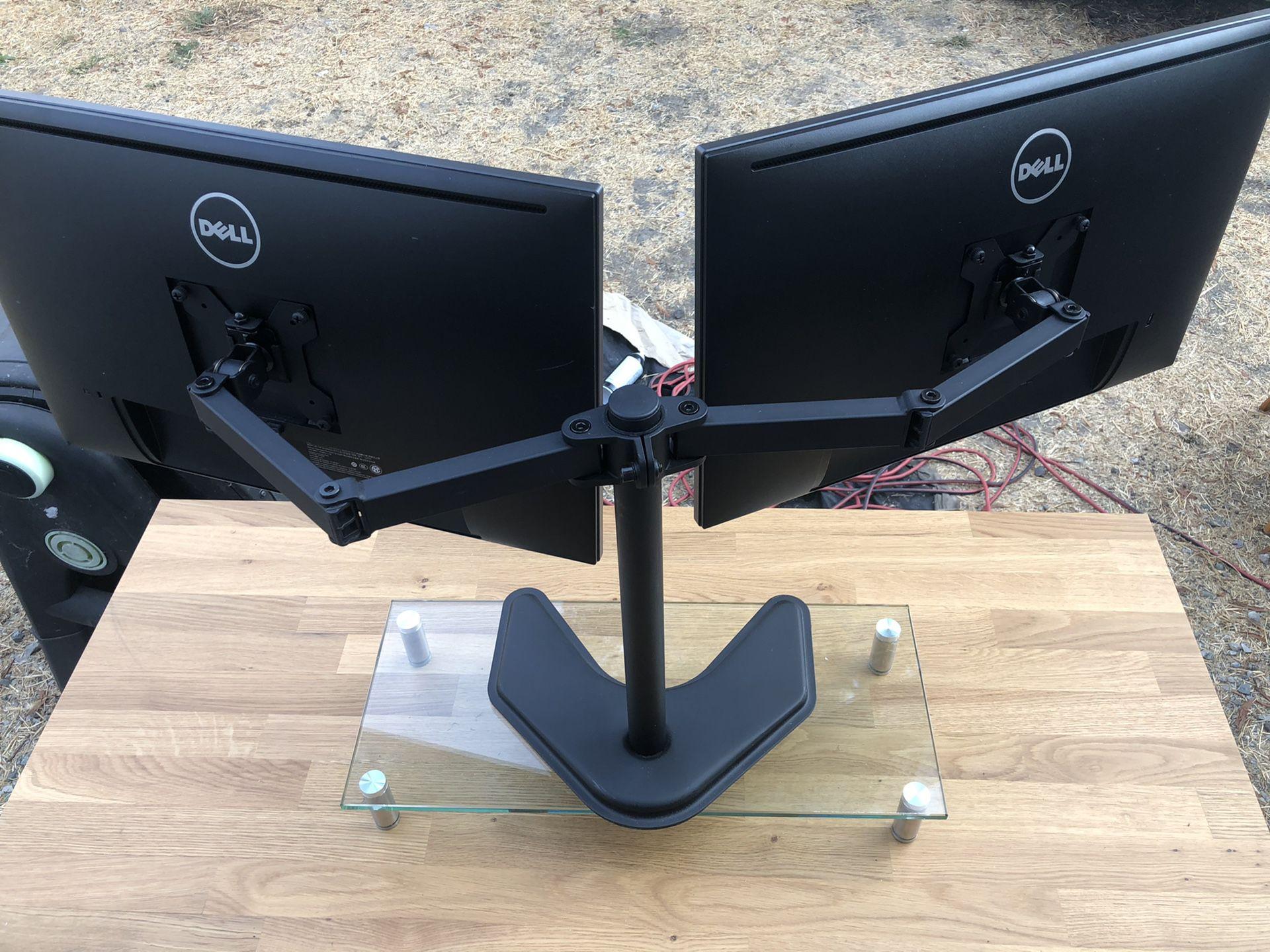 Dell UltraSharp 24 Monitor - P2419H Dual Monitor Setup