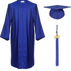 Unisex Adult Matte Graduation Cap and Gown with Tassel Year Charm Thumbnail