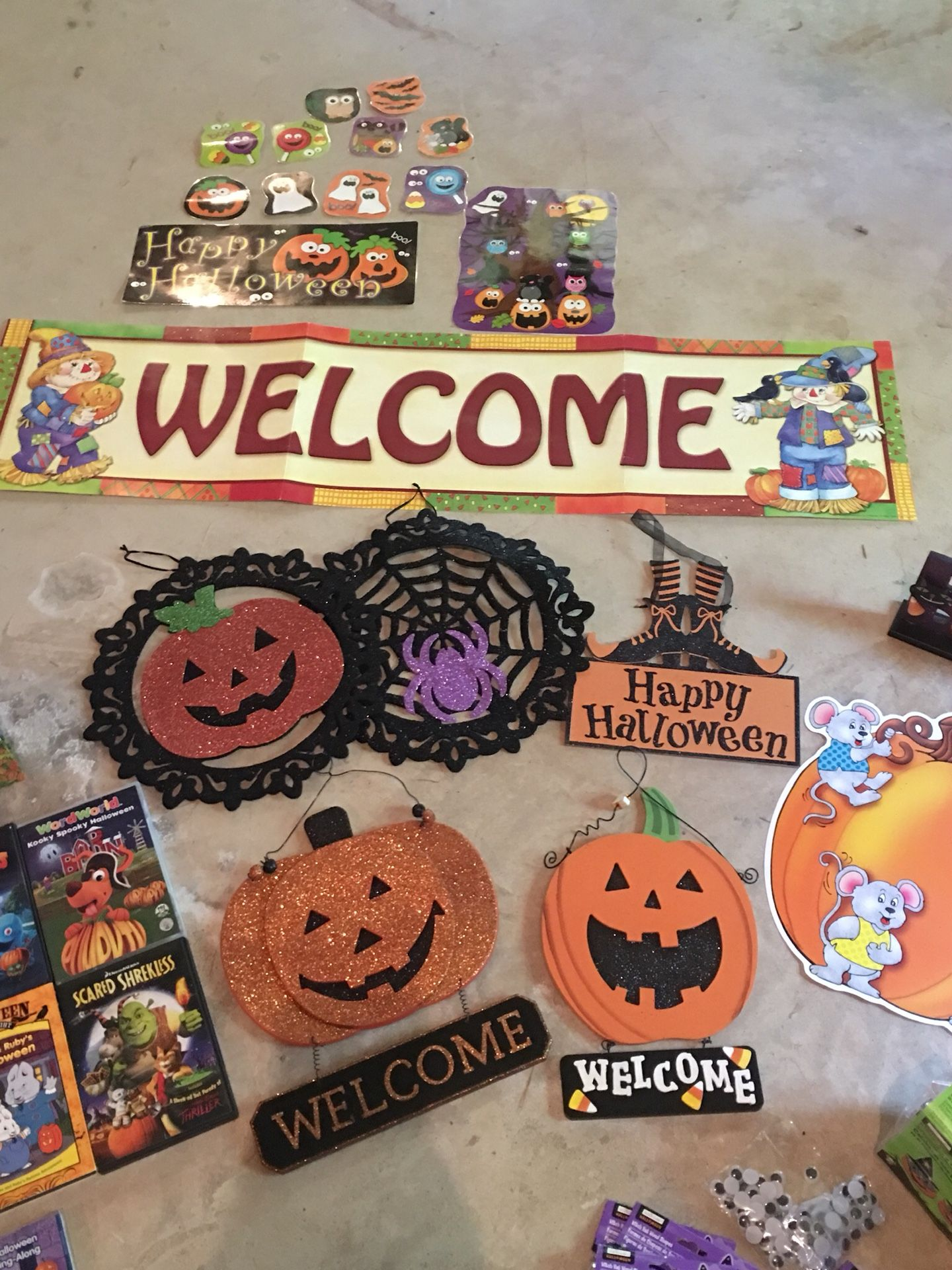 Halloween decorations, items, and crafts