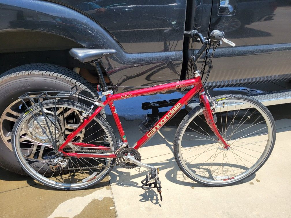 """Cannondale hybrid bicycle 18"""""""