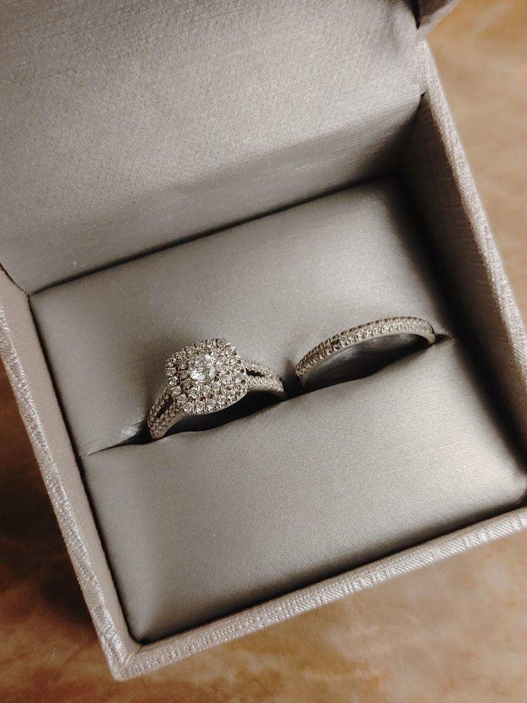 Women's Diamond Wedding Band Ring