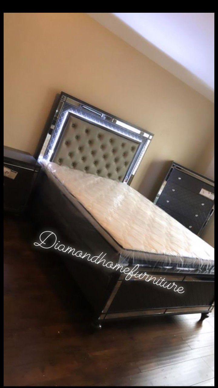 grey queen size LED bed w/ pillow mattress set