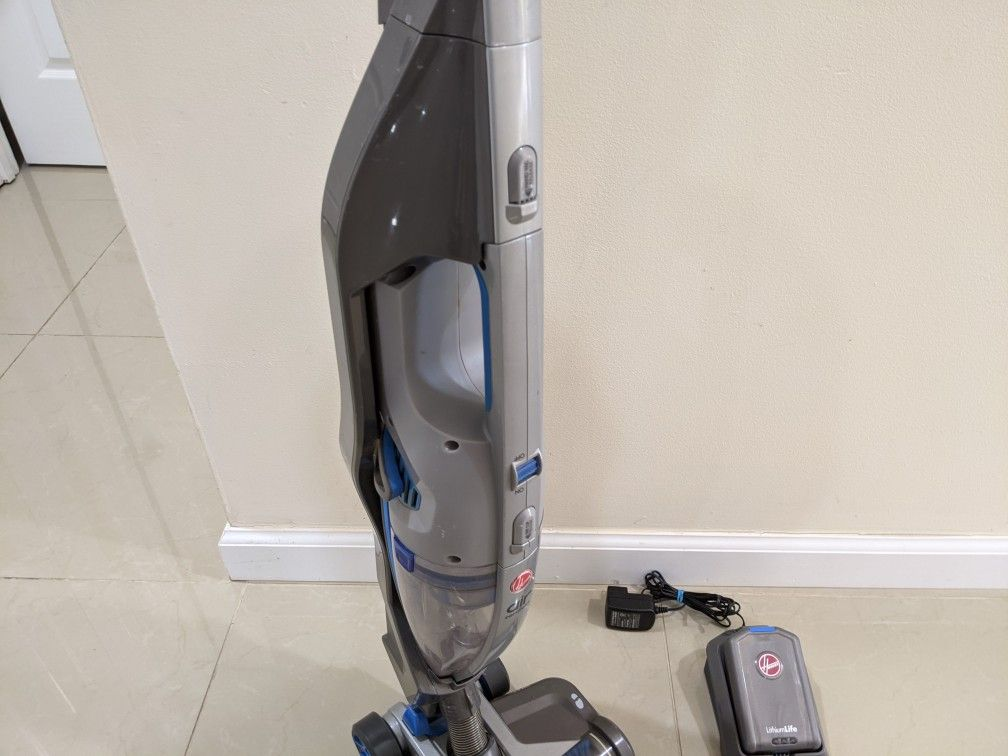Hoover Cordless 2-in-1 Deluxe Vacuum Cleaner