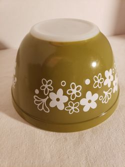 Pyrex 401 Spring Blossom Green Bowl Thumbnail