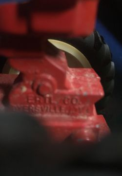 International toy tractor Thumbnail