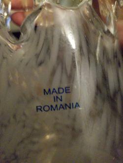 "17"" tall Romanian Icicle vase Thumbnail"