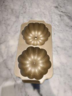 Pumpkin bundt cake pan William Sonoma Thumbnail