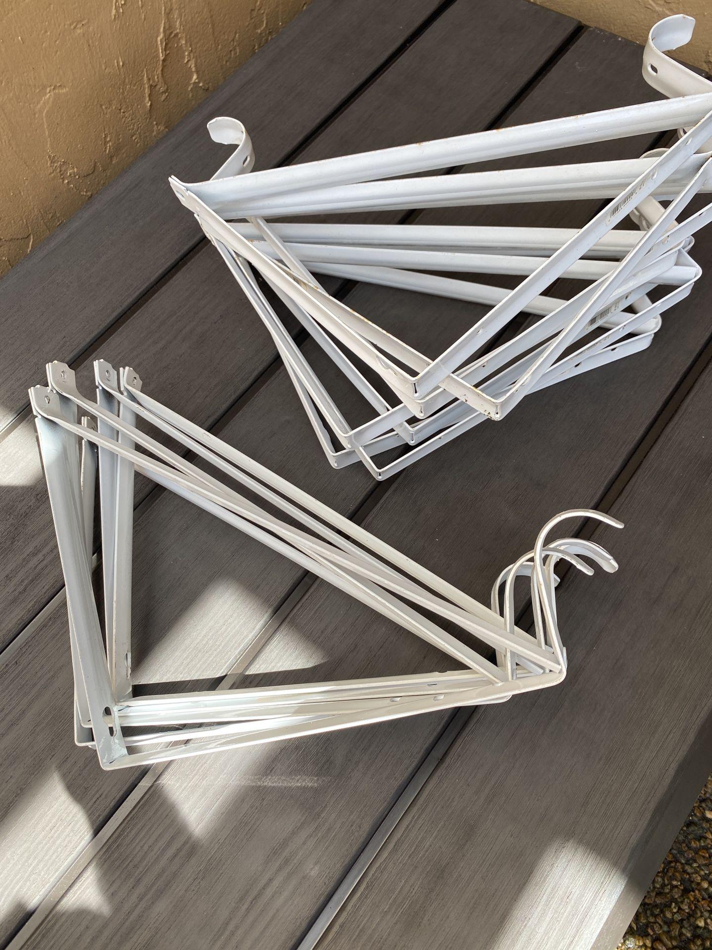 White Heavy-Duty Shelf Bracket and Rod Support