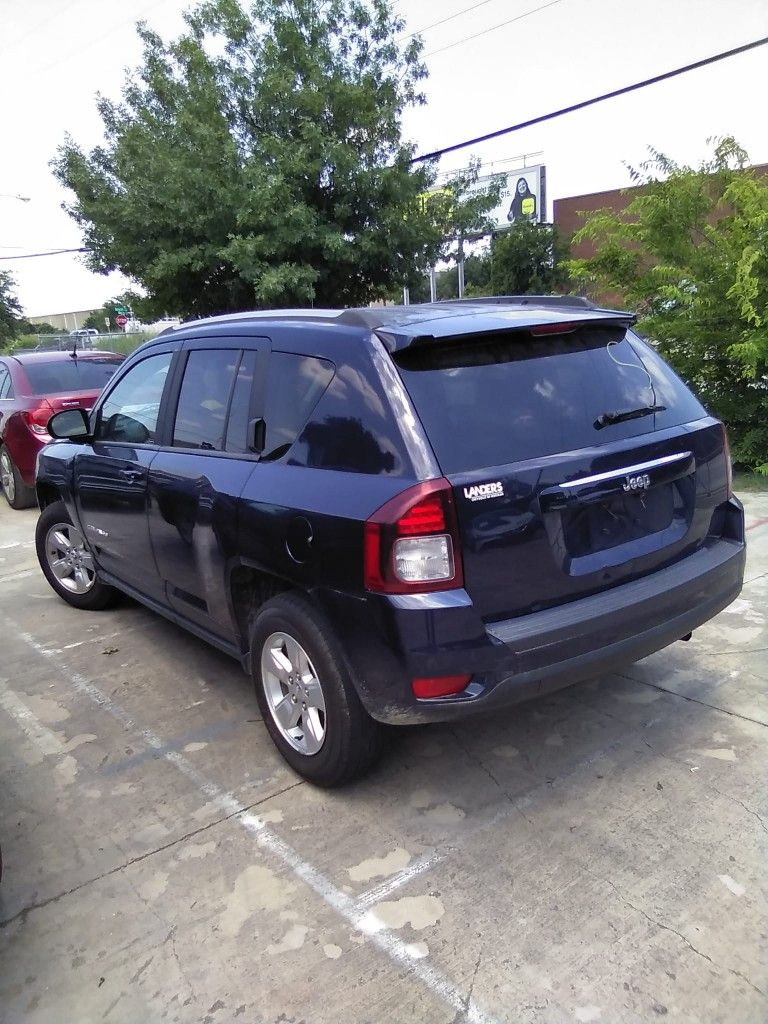 Are you looking to finance a used car vehicle?  2015 Jeep Compass sport