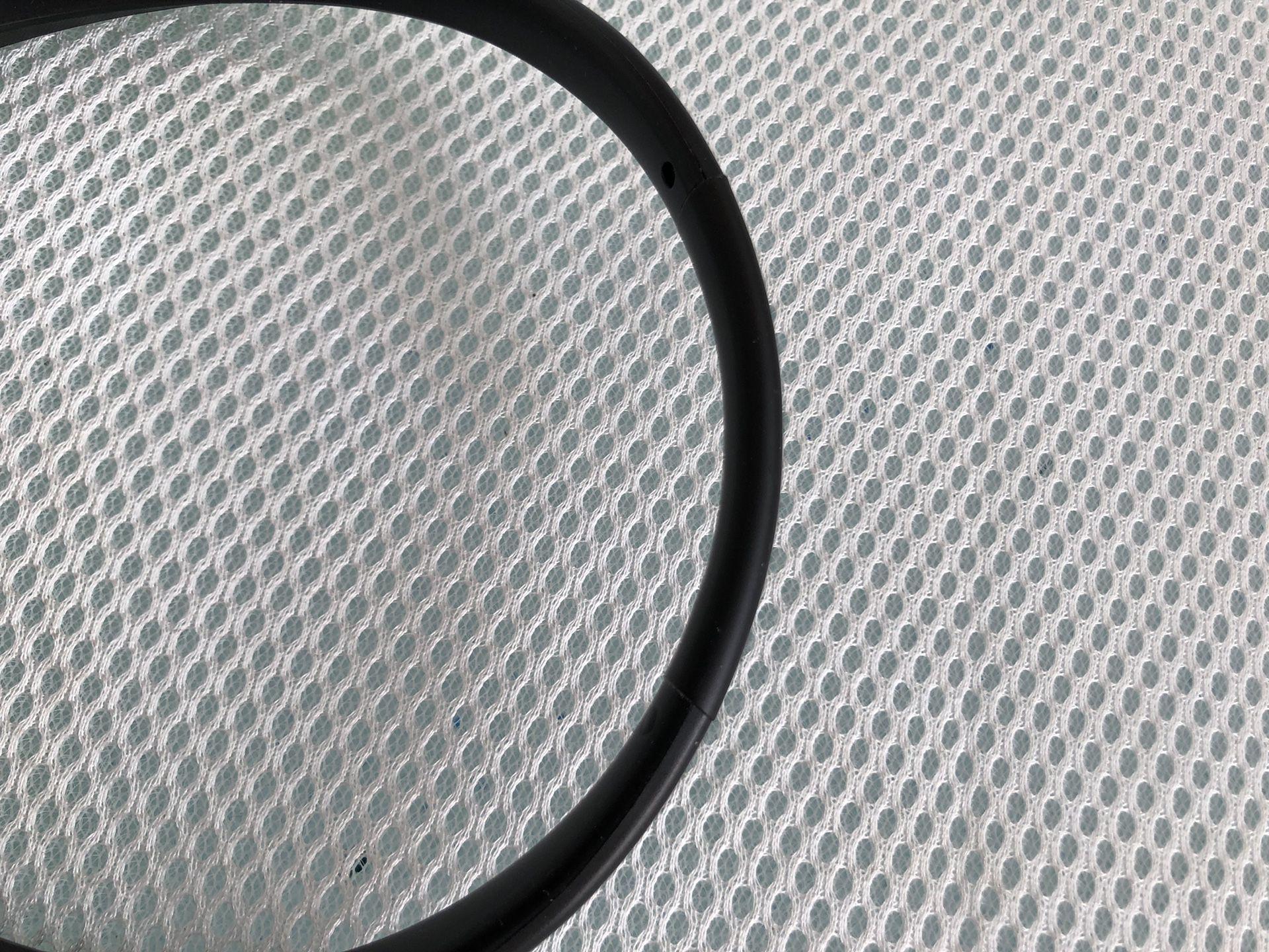 LG 1100 Bluetooth headset