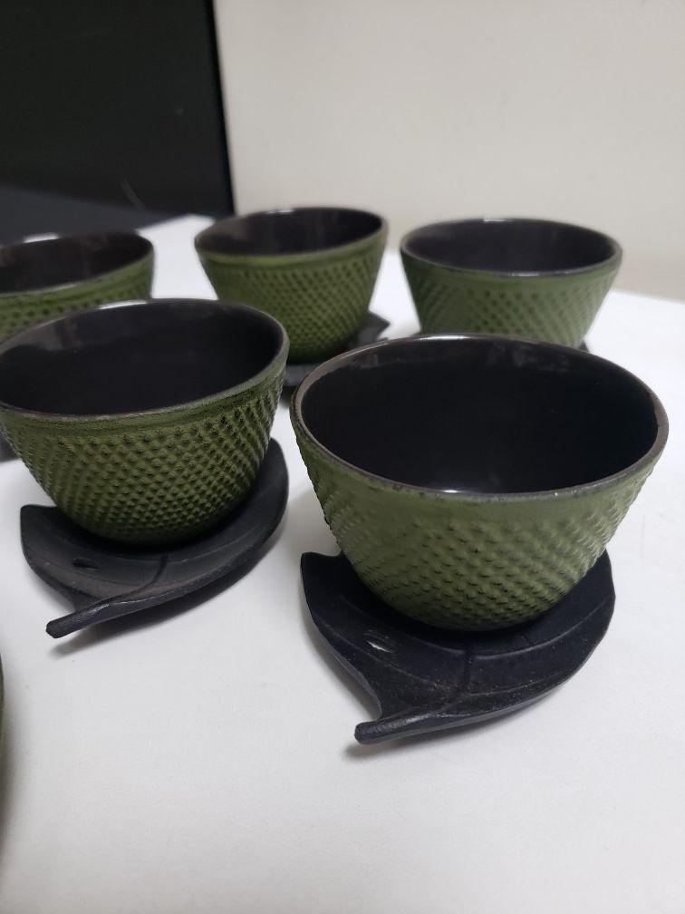 11pc iron green hobnail tea set